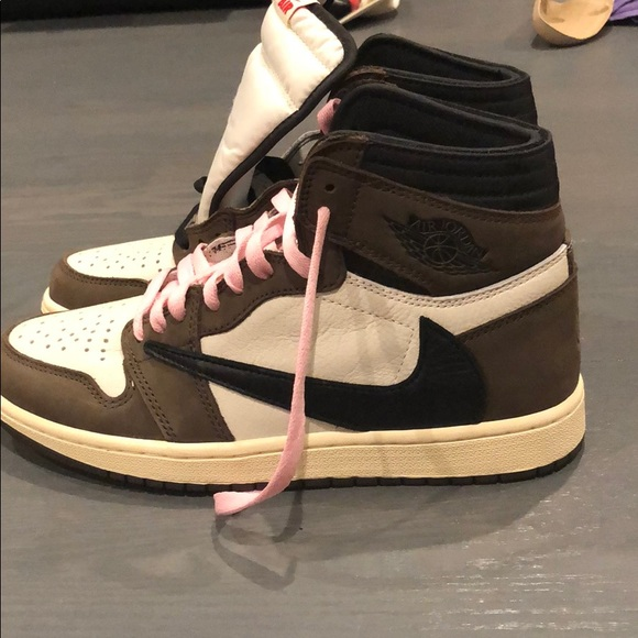 sports shoes 3638f 0ab1e Travis Scott Jordan 1